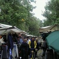 Das Foto wurde bei Nowkoelln Flowmarkt von Kai-Peter G. am 9/18/2011 aufgenommen