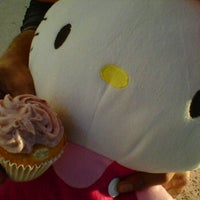 Photo taken at Corner Cupcakes Truck by Kazandra A. on 1/29/2012