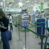 Photo taken at Farmacia LA PLAZA by Slayman on 11/11/2011