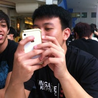 Photo taken at Study Area Near FC 3 by Xinyi T. on 1/30/2012