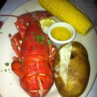 Das Foto wurde bei Lefty's Lobster and Chowder House von Branden W. am 6/16/2012 aufgenommen