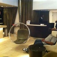 Photo taken at Kimpton Donovan Hotel by misschatter on 5/16/2012