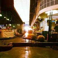 Foto tirada no(a) Mercado Municipal Kinjo Yamato por Amadeu K. em 11/25/2011