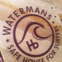 Photo prise au Watermans - A Safe House For Surfers par John K. le3/16/2011