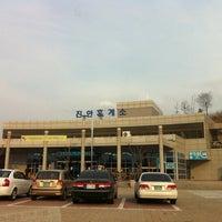 Photo taken at 진안휴게소 by danny k. on 3/27/2011