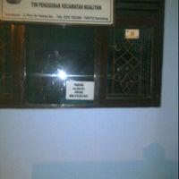 Photo taken at Kantor Kecamatan Ngaliyan Semarang by Tony O. on 2/2/2012