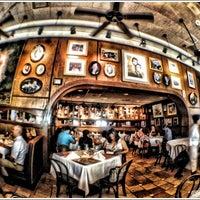 Photo prise au Columbia Restaurant par Kevin  I. le7/13/2012