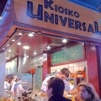 Foto tomada en Kiosko Universal por Siying C. el 12/6/2011