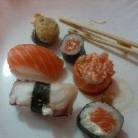 Photo taken at Tokyo Culinária Japonesa by Poliana M. on 7/8/2012