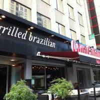 Foto tirada no(a) Copacabana Brazilian Steakhouse por Tyler D. em 9/11/2011