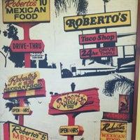 10/22/2011 tarihinde Javier M.ziyaretçi tarafından Roberto's Very Mexican Food'de çekilen fotoğraf
