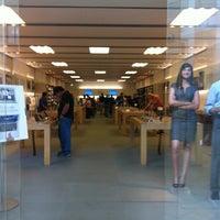 8/1/2011에 Will S.님이 Apple Memorial City에서 찍은 사진