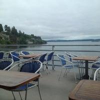 5/31/2012 tarihinde BlueHollyziyaretçi tarafından Ray's Cafe'de çekilen fotoğraf