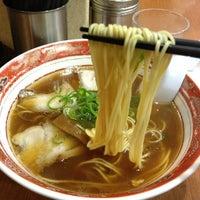Photo taken at 中華そば山冨士 本町店 by gou t. on 11/19/2011