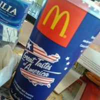 Photo taken at McDonald's by Alessandro D. on 1/28/2012