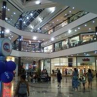 Photo taken at Shopping Pátio Belém by Fernando V. on 9/14/2011