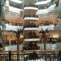 Foto tirada no(a) Shopping Iguatemi por Gleison M. em 2/10/2012