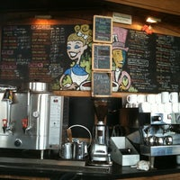 Photo taken at Pannikin Coffee & Tea by Ken O. on 5/13/2011