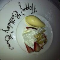 2/9/2012 tarihinde Gypsy H.ziyaretçi tarafından Aria Restaurant'de çekilen fotoğraf
