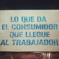 Foto tomada en El Surco Comercio Justo por El Surco C. el 6/13/2012