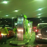 Photo taken at Oula Gas Station | أولى by Dr.Hussain ش. on 1/19/2012