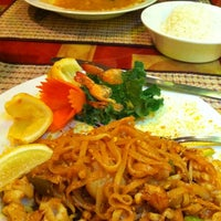 Photo taken at Lemongrass Thai Restaurant by Susan B. on 8/20/2012