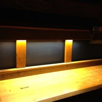 6/28/2012 tarihinde Zuriziyaretçi tarafından Weegee's Lounge'de çekilen fotoğraf