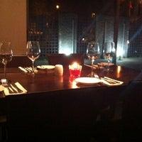Foto tomada en Fuego Di Vino por Jorge A. el 9/12/2012