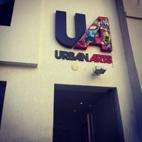 รูปภาพถ่ายที่ Urban Arts โดย Lili G. เมื่อ 5/26/2012
