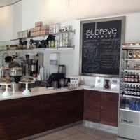 Снимок сделан в Au Breve Espresso пользователем Christopher S. 6/17/2012