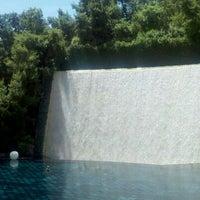 Foto tirada no(a) Wynn Waterfall por Meredith S. em 5/4/2012