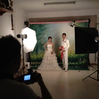 Photo taken at ร้านคุณน้อง Wedding & Studio มหาชัย สมุทรสาคร by iSapphawat on 6/20/2012