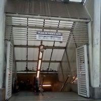 Foto tomada en Metro Plaza de Puente Alto por Gaba F. el 5/13/2012