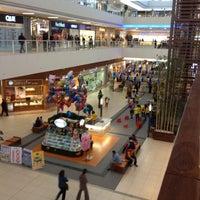 4/22/2012 tarihinde Gugas A.ziyaretçi tarafından Starcity Outlet'de çekilen fotoğraf
