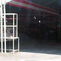 Photo taken at Beyond Car Wash by Shamshul Qamar A. on 7/16/2012