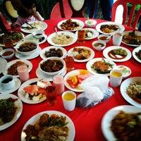 Photo taken at Puncak Mutiara Cafe by Nurul R. on 7/29/2012