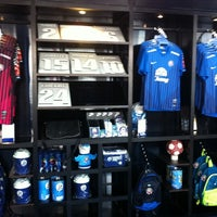 Photo taken at Chonburi F.C. Superstore by Tak...vip on 8/14/2012
