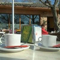 รูปภาพถ่ายที่ La Manzana โดย Jose Ramon A. เมื่อ 2/18/2012