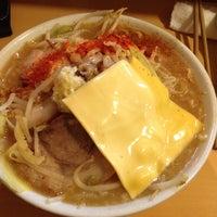 Photo taken at ラーメン荘 地球規模で考えろ by Inoue T. on 4/3/2012