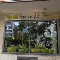 Photo taken at Hans im Glück - Burgergrill by Myriam S. on 8/8/2012