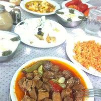 7/4/2012 tarihinde Kıvanç 🐾ziyaretçi tarafından Baba Restaurant'de çekilen fotoğraf
