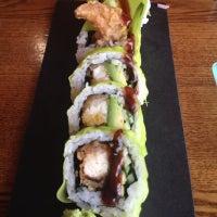 Photo prise au Akiko's Restaurant & Sushi Bar par JoAnne K. le8/31/2012