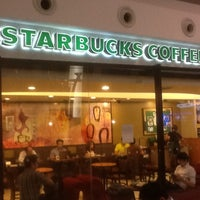 Photo taken at Starbucks by Beanies B. on 7/9/2012