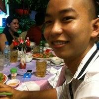 Photo taken at Nhà hàng Thiên Thanh by Mr Khang on 4/15/2012