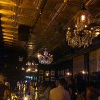 Das Foto wurde bei Tavern29 von Kelly G. am 6/8/2012 aufgenommen