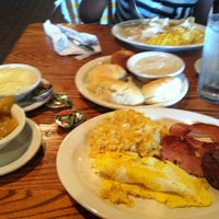 Photo taken at Cracker Barrel Old Country Store by Jasmin on 8/18/2012