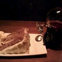 Das Foto wurde bei The Keg Steakhouse + Bar von Wanda M. am 2/9/2012 aufgenommen
