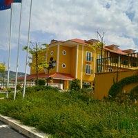 Foto tirada no(a) Hotel Campo Real Golf Resort & Spa por Hélder S. em 5/31/2012