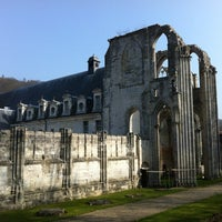 Photo prise au Abbaye Saint-Wandrille par Laurent B. le3/24/2012