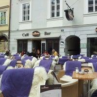 Das Foto wurde bei La Piazza Cafe Bar von Stefan O. am 3/11/2012 aufgenommen